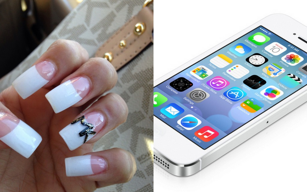nails and smartphone